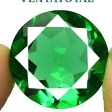 Coleccionismo de gemas: MOLDAVITA VERDE ESMERALDA DE 40,90 KILATES - CON CERTIFICADO AGSL - MIDE 2,4 X 2,4 CENTIMETROS Nº17. Lote 166733354