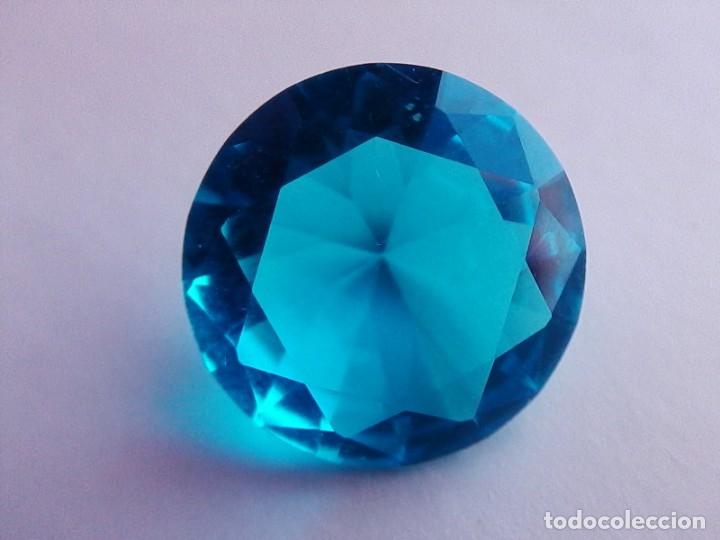 Coleccionismo de gemas: Deslumbrante Circón Natural Variedad Light. Circular de 7.50 Ct y 13.9 mm de diametro. - Foto 6 - 155178638