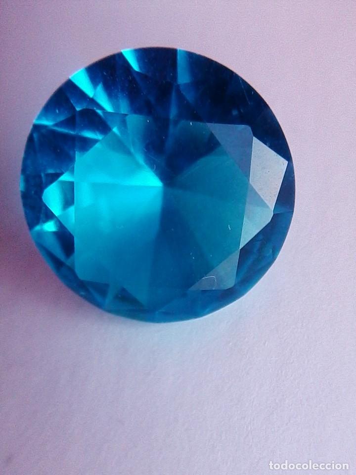Coleccionismo de gemas: Deslumbrante Circón Natural Variedad Light. Circular de 7.50 Ct y 13.9 mm de diametro. - Foto 7 - 155178638