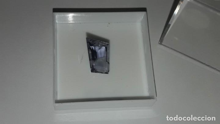 Coleccionismo de gemas: PIEDRA TALLADA DE CORDIERITA VARIEDAD IOLITA, COLOR MORADO. INDIA. - Foto 2 - 168547392