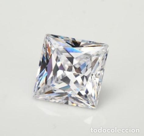 Coleccionismo de gemas: Espectacular Zafiro Chatham Star Blanco de 6.65 Ct (10 x 10 mm.) - Foto 2 - 173101963