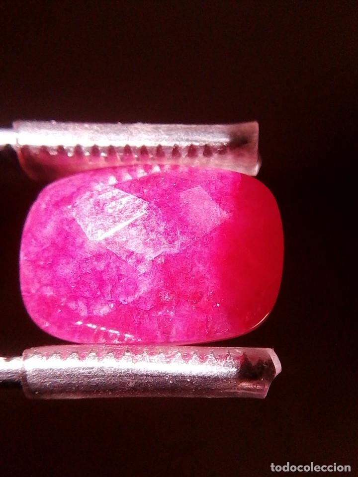 Coleccionismo de gemas: Bonito Rubí Sudáfricano Natural . Cabujón con Talla en Tablero de Ajedrez a una cara. 9.5 Ct. - Foto 2 - 173808770