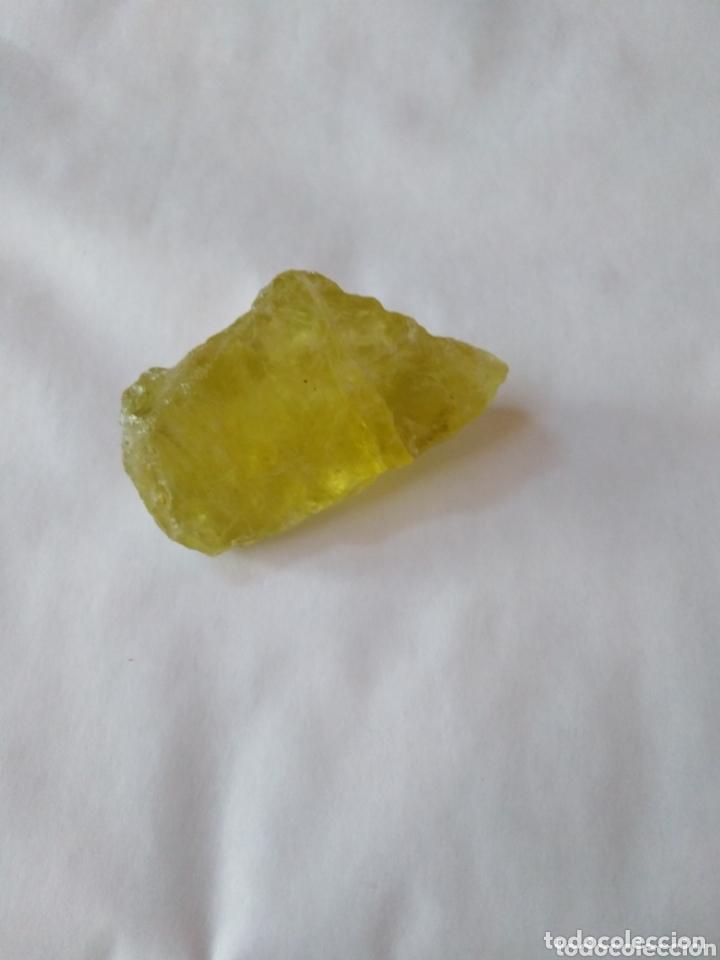 CUARZO NATURAL AMARILLO EN BRUTO DE 144,10CT (Coleccionismo - Mineralogía - Gemas)