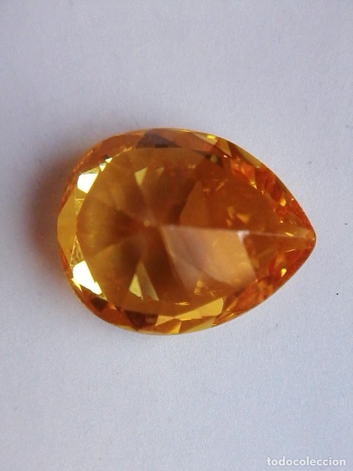 Coleccionismo de gemas: Precioso Circón Light Natural Amarillo de Camboya con 7.5 Ct. - Foto 3 - 175735274