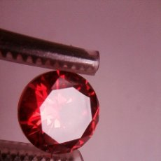 Coleccionismo de gemas: PRECIOSO CIRCÓN NATURAL ROJO SANGRE DE CAMBOYA TALLA REDONDA CON 5.17 CT. (9 MM Ø). Lote 189415815
