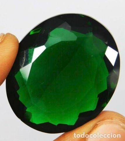 Coleccionismo de gemas: Precioso Topacio Flux Verde Talla Oval de Brasil con 73.05 Ct - Foto 2 - 179559595