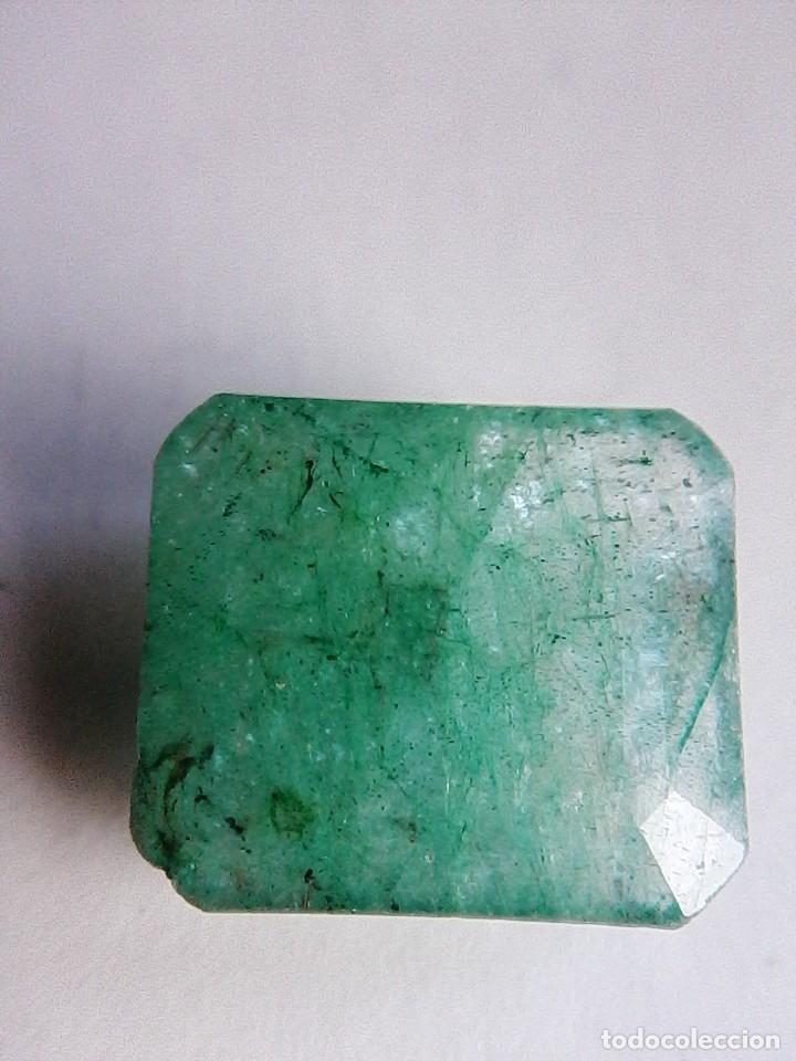 Coleccionismo de gemas: Bonita Esmeralda Natural Sin Tratamiento de Colombia Verde muy clara. con 8.50 Ct. - Foto 2 - 180181847