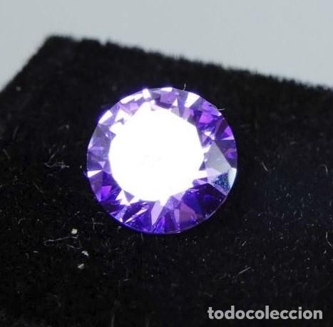 Coleccionismo de gemas: Inigualable Circón Violeta Natural procedente de Camboya con Talla Redonda y 2.25 Ct. - Foto 2 - 168445436