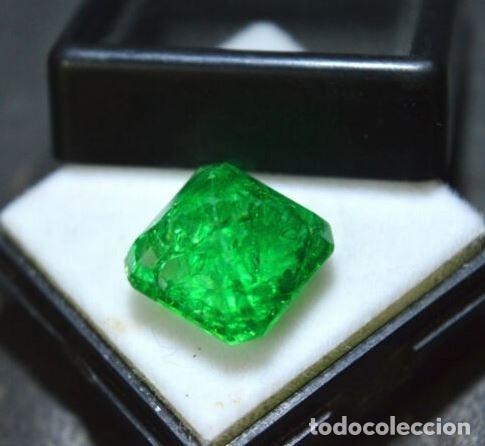 Coleccionismo de gemas: Esmeralda Dendrítica Craquelada de Cristal de Roca Talla Octagonal con 6.85 Ct - Foto 2 - 182350985