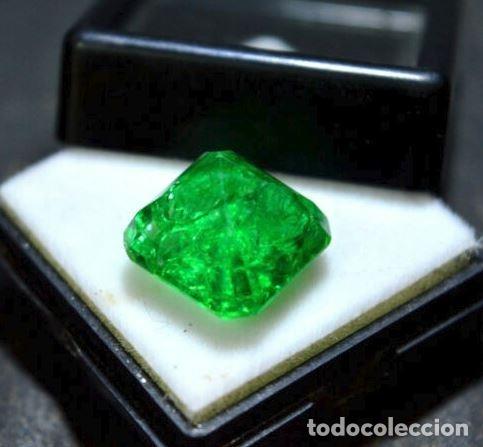 Coleccionismo de gemas: Esmeralda Dendrítica Craquelada de Cristal de Roca Talla Octagonal con 6.85 Ct - Foto 4 - 182350985