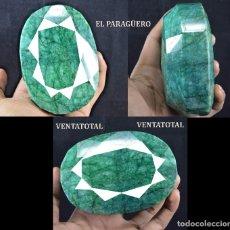 Coleccionismo de gemas: PIEZA DE MUSEO GIGANTE ESMERALDA COLOMBIANA DE 2025 KILATES MIDE 10,00 X 6,5 X 3,0 CENTIMETROS -Nº16. Lote 182630626