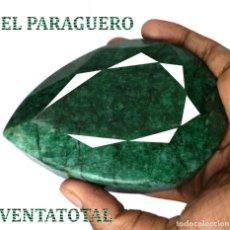 Coleccionismo de gemas: ESMERALDA BRASILEÑA DE MUSEO DE 2420 KILATES CON CERTIFICADO KGCL - MIDE 10,6 X 7,4 X 4,4 CENTI-N6. Lote 241710740