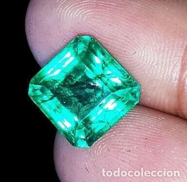 BONITA ESMERALDA DE CRISTAL DE ROCA DENDRÍTICA CON TALLA OCTAGONAL DE 6.50 CT CON CERTIFICADO.GGL (Coleccionismo - Mineralogía - Gemas)