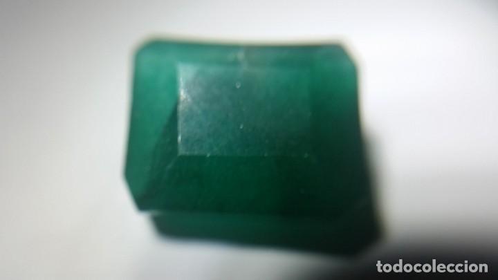 ESMERALDA NATURAL DE COLOMBIA. TALLA TRADICIONAL. SIN TRATAR. CON 12.20 CT. (Coleccionismo - Mineralogía - Gemas)