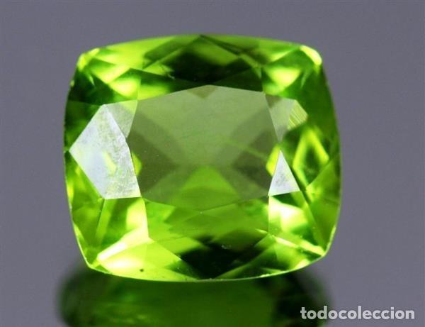 LUJOSO PERIDOT VERDE OLIVA DE 8,05 KILATES CON CERTIFICADO AGI - MIDE 1,2 X 1,2 X0,7 CENTIMETROS Nº3 (Coleccionismo - Mineralogía - Gemas)