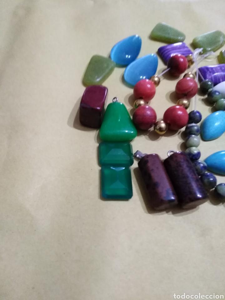 Coleccionismo de gemas: Lote de 24 colgantes y piedras naturales - Foto 2 - 195990357