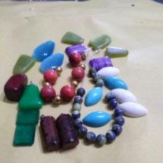 Coleccionismo de gemas: LOTE DE 24 COLGANTES Y PIEDRAS NATURALES. Lote 195990357
