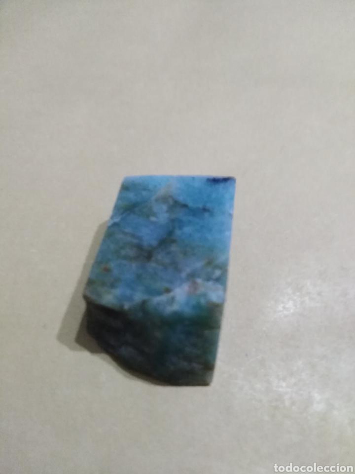 AMAZONITAS NATURAL EN BRUTO DE 63,02 CTS. (Coleccionismo - Mineralogía - Gemas)