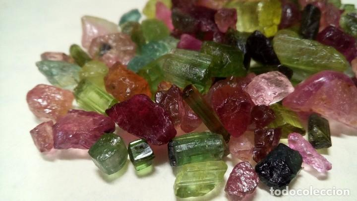 Coleccionismo de gemas: 30 QUILATES DE TURMALINA DE ÁFRICA MULTICOLOR EN BRUTO - Foto 4 - 176379640