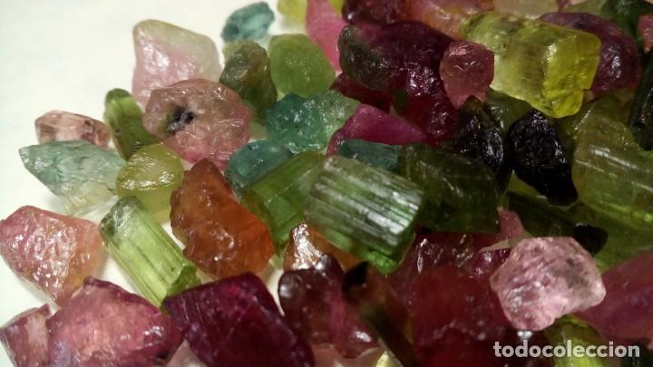 30 QUILATES DE TURMALINA DE ÁFRICA MULTICOLOR EN BRUTO (Coleccionismo - Mineralogía - Gemas)