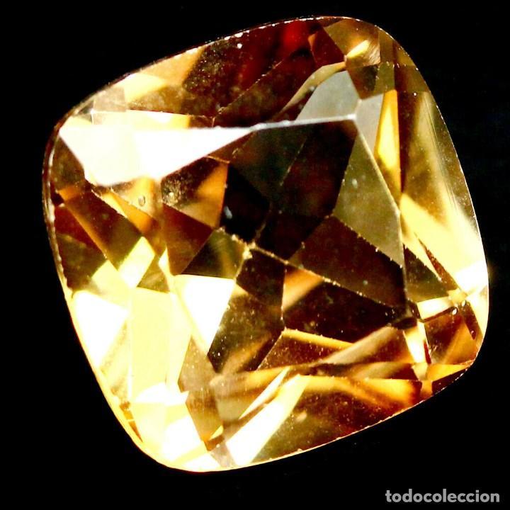 TOPACIO CHAMPAN 10 X 10 MM (Coleccionismo - Mineralogía - Gemas)
