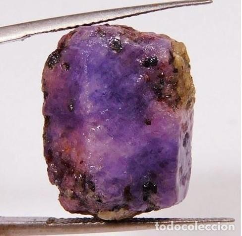 Coleccionismo de gemas: Rubí Bicolor Violeta-Rosáceo. Natural. En Bruto. De Madagascar con 57.57 Ct. - Foto 4 - 222037022