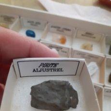 Coleccionismo de gemas: MINERAL PIRITA CAJA 4X4CM ENVIO GRATIS LEAN TEXTO. Lote 223938832