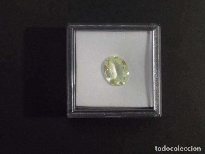 Coleccionismo de gemas: PERIDOTO RECONSTITUIDO TALLA OVAL. MEDIDA 14 X 12 MM. PESO 5,15 CTS. SUIZA. SIGLO XX - Foto 4 - 247516150