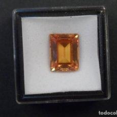 Coleccionismo de gemas: TOPACIO PATPARACHA RECONSTITUIDO TALLA ESMERALDA. MED.15 X 11 MM. PESO 16,55 CTS. SUIZA. GOLPE. Lote 248452235