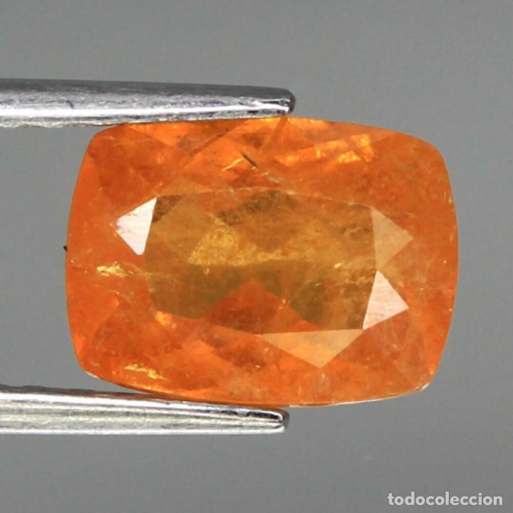 ESPESARTITA 9,3 X 6,8 MM. (Coleccionismo - Mineralogía - Gemas)