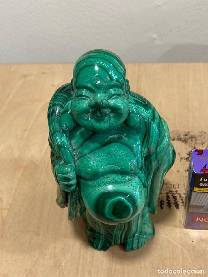 Coleccionismo de gemas: Magnifica figura de malaquita, budha, gran tamaño - Foto 2 - 271827658