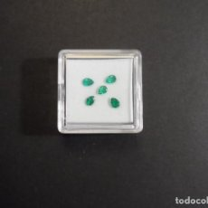 Collezionismo di gemme: 5 ESMERALDAS TALLA PERA . MED. 3,5 X 4,5 MM. PESO 0,65 CTS. COLOMBIA. SIGLO XX. Lote 275743973