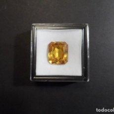 Coleccionismo de gemas: TOPACIO CITRINO RECONSTITUIDO TALLA ESMERALDA. MED.18 X 16 MM. PESO 17,85 CTS. SUIZA. SIGLO XX. Lote 287360923