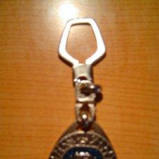 Coleccionismo de llaveros: LLAVERO COCHE REVERSO LLAVERO SERIE REF. 204 ALTO RELIEVE. Lote 9368694