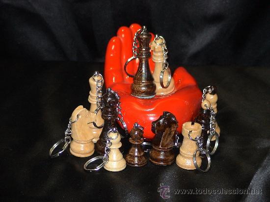 Coleccionismo de llaveros: Chess. Llavero de Ajedrez de madera: La Dama blanca - Foto 2 - 45624872