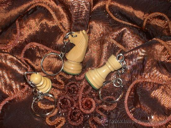 Coleccionismo de llaveros: Chess. Llavero de Ajedrez de madera: La Torre blanca (2) - Foto 2 - 38090535