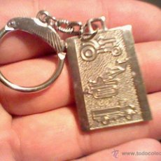 Coleccionismo de llaveros: LLAVERO EBRO TRACTORES CAMION EXCAVADORA ANTIGUO M Y F . Lote 45883712