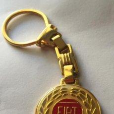 Coleccionismo de llaveros: IMPRESIONANTE LLAVERO FIAT. Lote 50948709