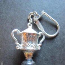 Coleccionismo de llaveros: LLAVERO COPA TROFEO. Lote 56967567
