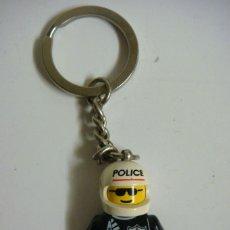 Coleccionismo de llaveros: LLAVERO MUÑECO DE LEGO POLICA. Lote 57241610