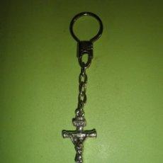 Coleccionismo de llaveros: LLAVERO METÁLICO ANTIGUO CRUCIFIJO. Lote 57413621