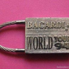 Coleccionismo de llaveros: LLAVERO RON BACARDI WORLD TOUR 94 TOUR DE FRANCIA LLAVERO PLATEADO. Lote 61347431
