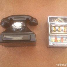 Coleccionismo de llaveros: REPRODUCCION TELEFONO MAQUINA TRAGAPERAS. Lote 71509739