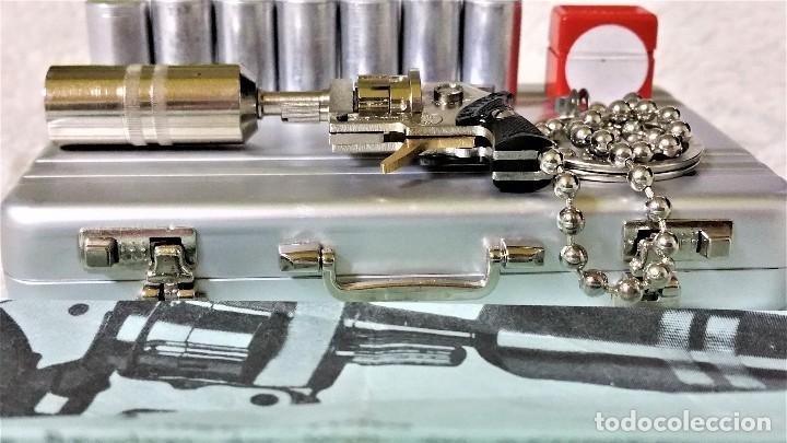 Coleccionismo de llaveros: LLAVERO PRECIOSO MICRO REVÓLVER XITHOS AUTOMATIC: ACERO Y BRONCE - AUSTRIA 1.980 ¡¡¡SÓLO HOY!!!! - Foto 4 - 82026640