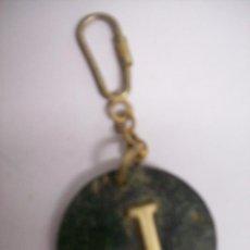 Coleccionismo de llaveros: LLAVERO INICIAL J. CUERO Y METAL. Lote 84240952
