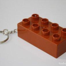 Coleccionismo de llaveros: LLAVERO LEGO DUPLO BLOQUE MARRON - LLAVEROS // B13. Lote 86563728