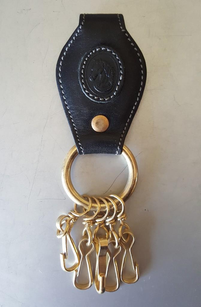 1268766d9 llavero cabeza de caballo. negro y dorado. nuev - Buy Old Keyrings ...