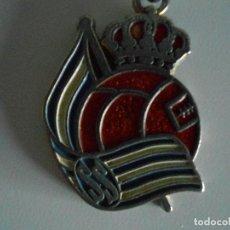 Coleccionismo de llaveros: LLAVERO ESCUDO REAL SOCIEDAD.. Lote 115729071