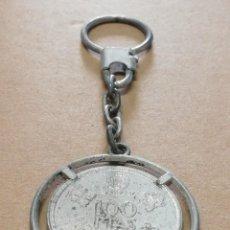 Coleccionismo de llaveros: LLAVERO METÁLICO MONEDA ESPAÑOLA 100 PESETAS AÑO 1980 (MUNDIAL FÚTBOL ESPAÑA '82). Lote 127936583