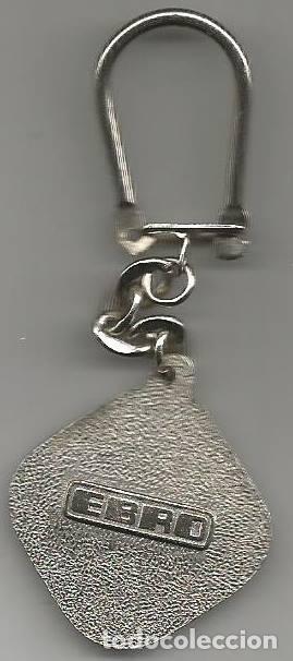 Coleccionismo de llaveros: ANTIGUO LLAVERO AUTOMOVIL CAMION EBRO - Foto 2 - 128125039
